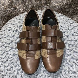 Gucci Velcro brown gym shoes!